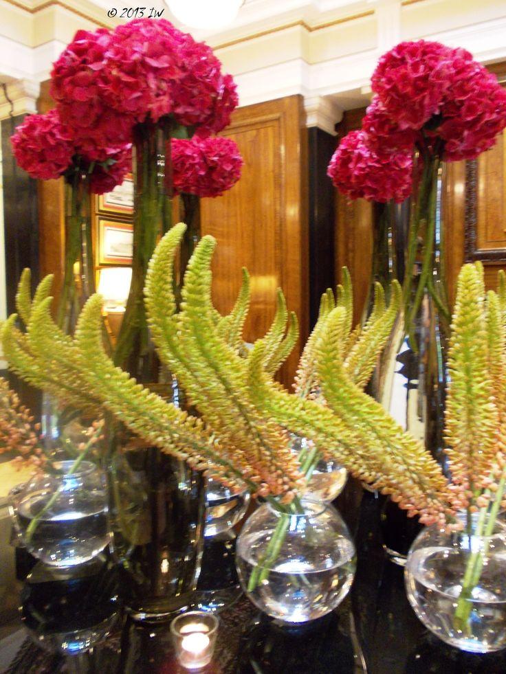 10 Images About Large Flower Arrangements On Pinterest