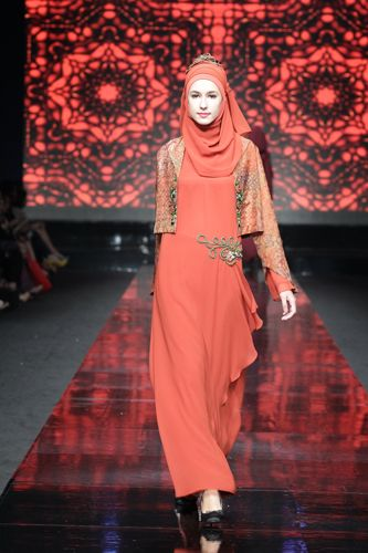 Assymetric orange maxi with vintage print bolero.