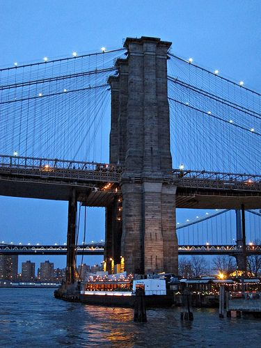 Brooklyn Bridge support tower and River Cafe | Flickr - Photo Sharing!
