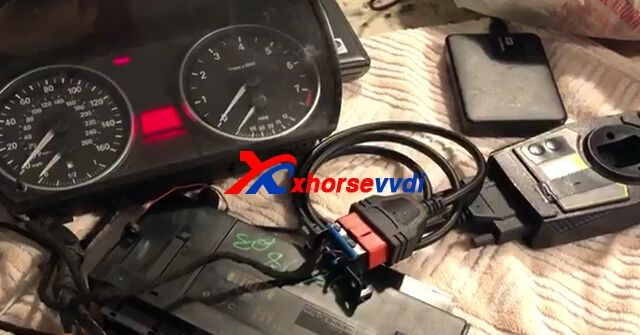 Vvdi2 Works On Bmw Cas3 Successfully With Bmw Isn Dme Cable Bmw Key Programmer It Works
