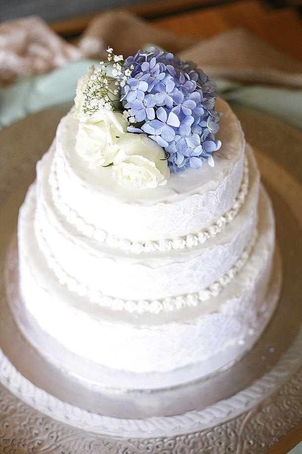 Blue Hydrangea Wedding Cake   SouthBound Bride www.southboundbride.com/blue-hydrangea-wedding-by-leanne-love-nikki-lloyd Credit: Leanne Love