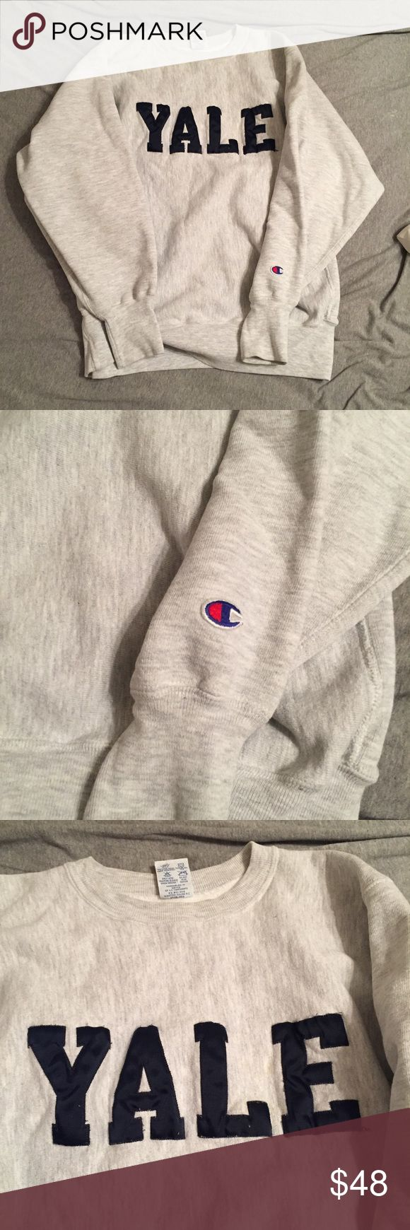 Vintage Champion YALE crew neck sweatshirt Vintage champion YALE sweatshirt! Size large! Crew neck style! In excellent used condition. No staining! Champion Sweaters Crew & Scoop Necks