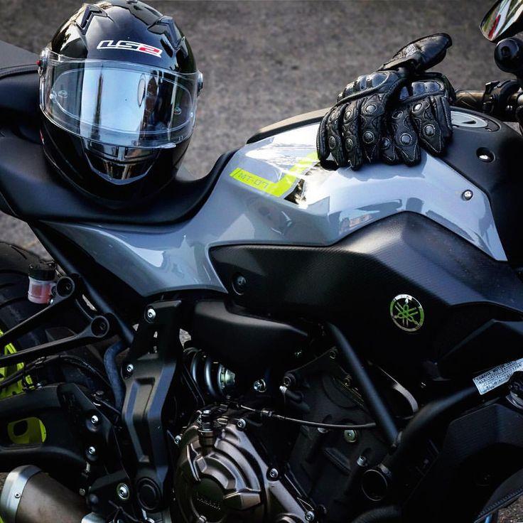 Instagram: @rhinelandrider - #motorcycle #motorcycles #bike #mt07 #ride #rideout #gloves #biker #fz07 #sportbike #helmet #bikelife #streetbike #yamahamt07 #instabike #bikeporn #instamotor #motorbike #photooftheday #sunset #instamoto #fall #yamaha #yamahafz07 #cruising #bikestagram