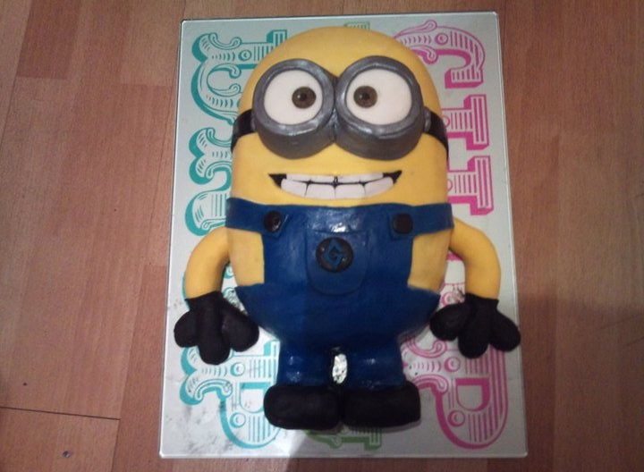 ... cakes - character  Pinterest  Kevin oleary, Minions and Minion