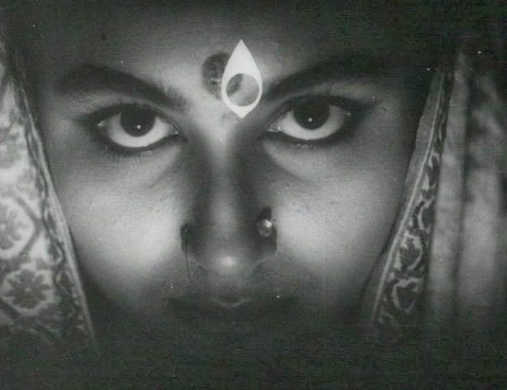Devi - Satyajit Ray (1960) - Movie Challenge: 100 films to watch in 2016 (part 1)/ Défi ciné : 100 films à regarder en 2016 (partie 1)