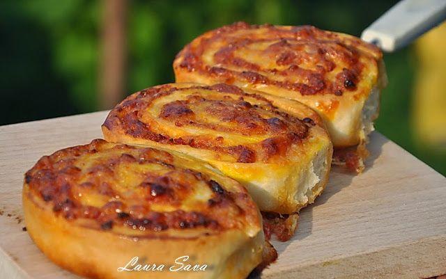 Mini pizza rapide   Retete culinare cu Laura Sava