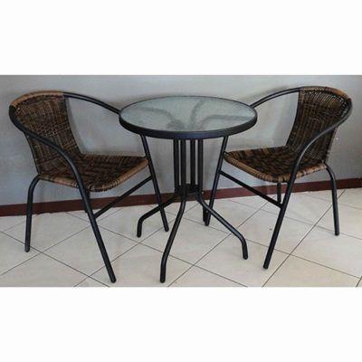 Salotto da esterno Pink Set composto da 1 tavolo e 2 sedie in metallo, vetro e rattan intrecciato