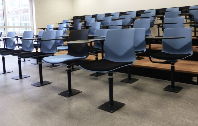Four®Sure Audi - by Four Design - Cooperative Learning in Comfort – Perfect in auditorium, educational establishments and waiting areas.