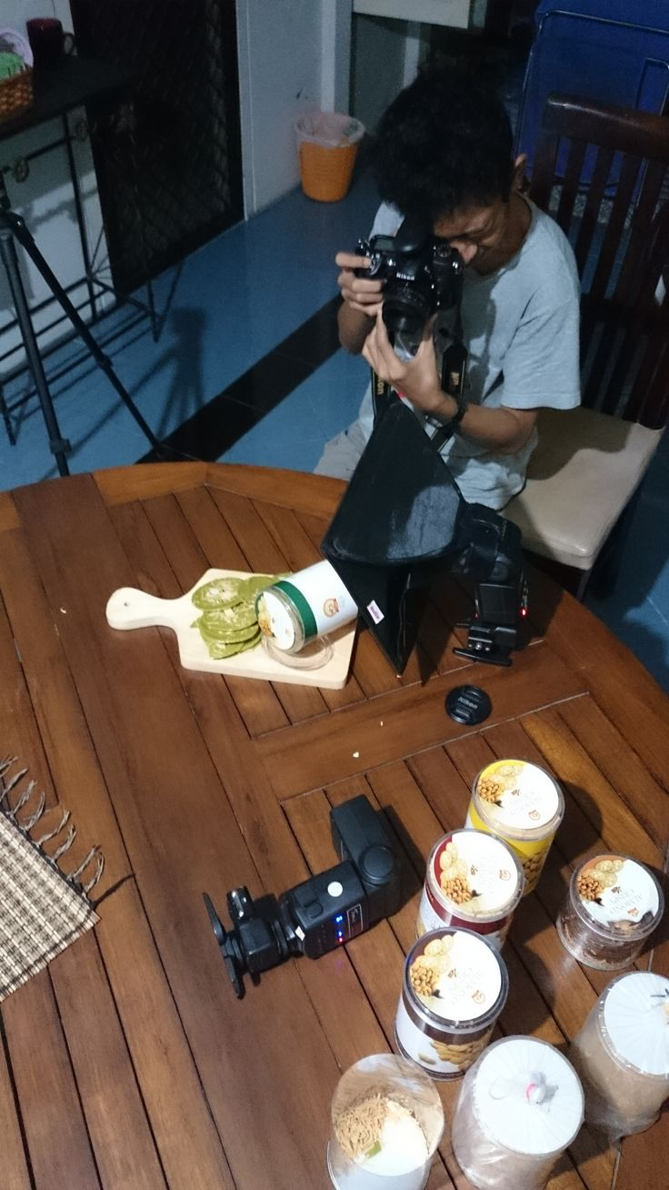 Behind the scene photo product for almond crispy