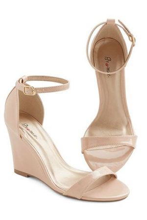 15 Wedding-worthy wedges under $150: ModCloth One Suite Day Wedge in Vanilla