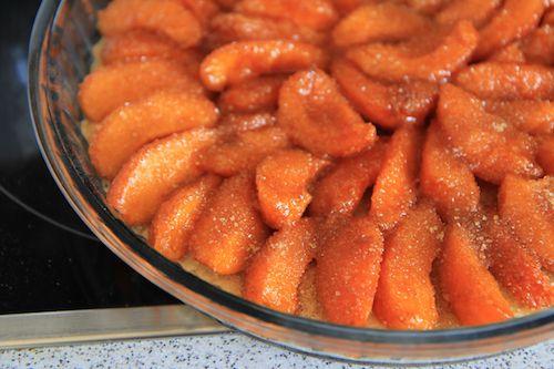 Meruňkový koláč od Julie Child http://tomichutna.cz/recept-merunkovy-kolac