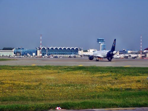 Uitzicht op luchthaven Boekarest-Otopeni. #boekarest #OTP