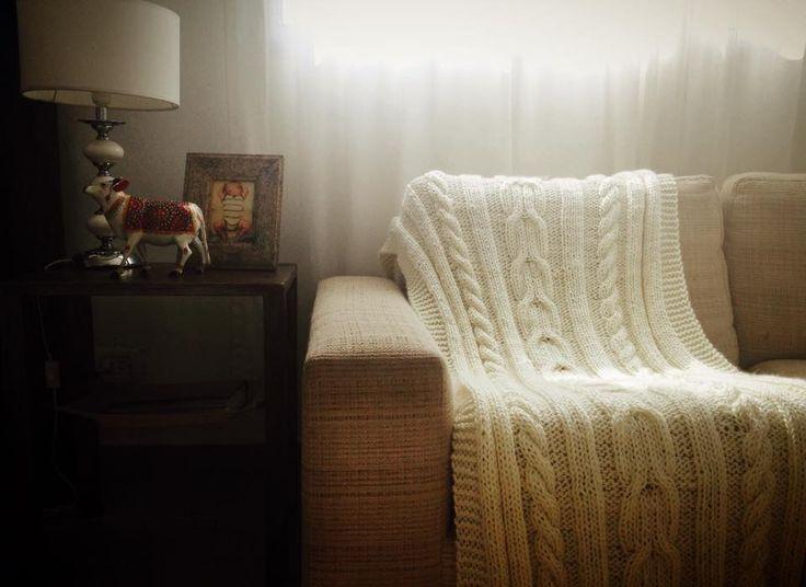 Manta Mecha tejida en lana mechalan. Color: Natural Medida: 1,80 x 0,80 cm http://tapamemucho.tiendanube.com/mantas/manta-mecha/