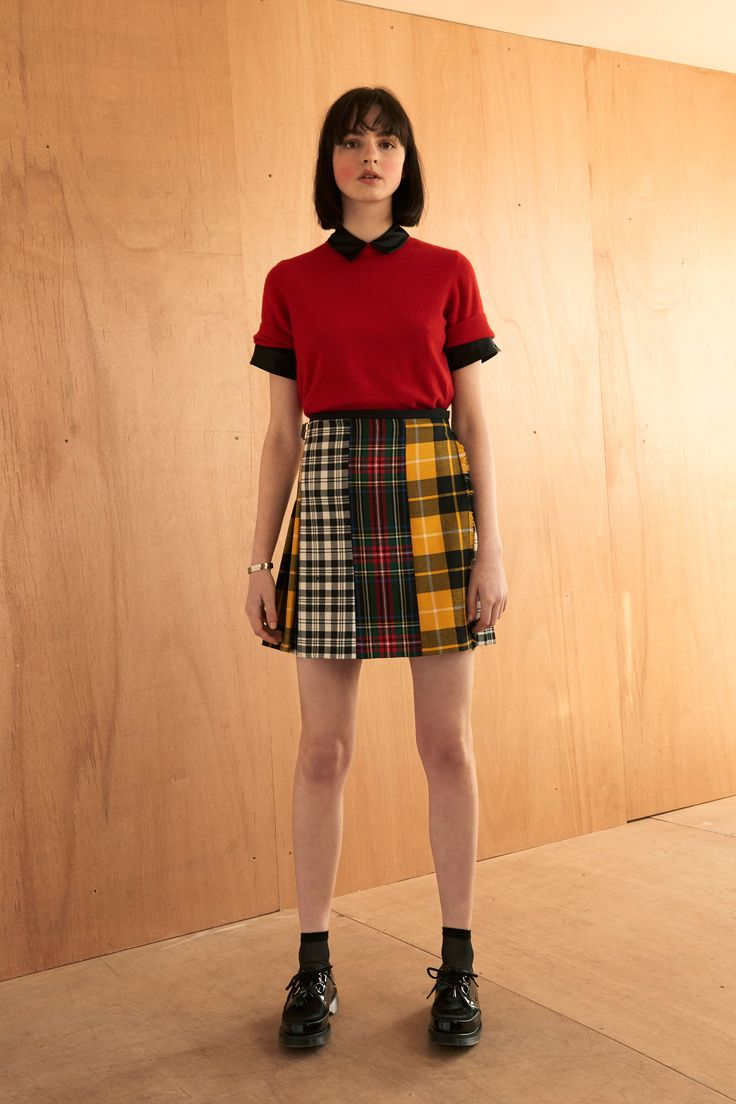 Le Kilt Fall 2016 Ready-to-Wear Fashion Show  Love this look! http://www.theclosetfeminist.ca/  http://www.vogue.com/fashion-shows/fall-2016-ready-to-wear/le-kilt/slideshow/collection