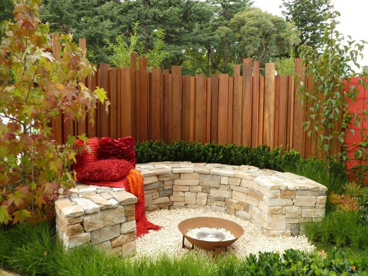 29 best Garden wall images on Pinterest | Gardening