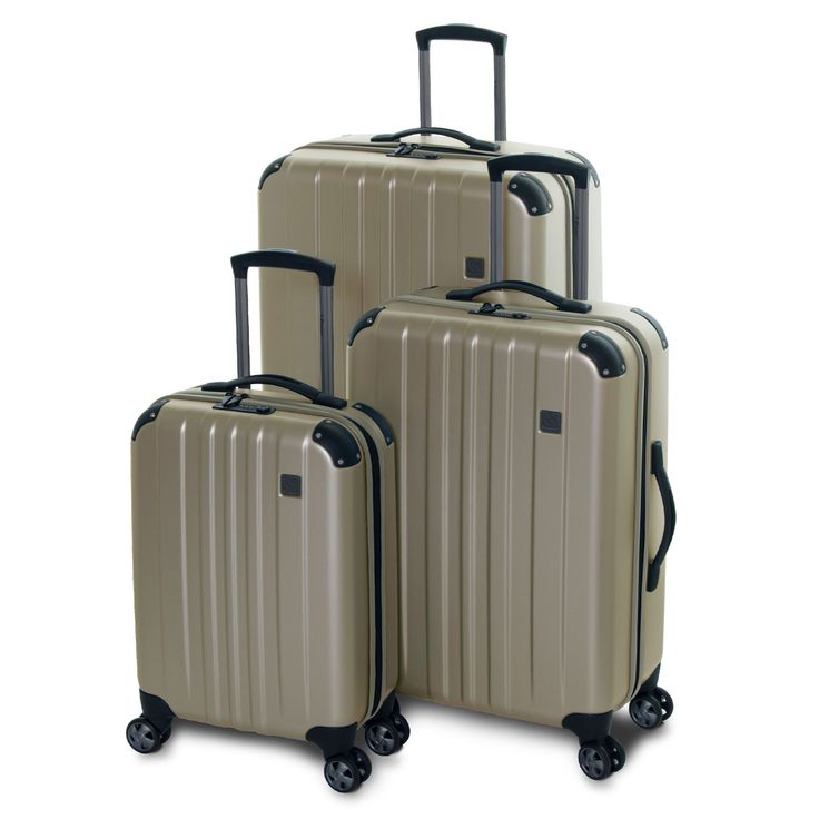 Eminent Move Air Medium 68x43x24 3.1kg 66litre £99  also in ice blue or black