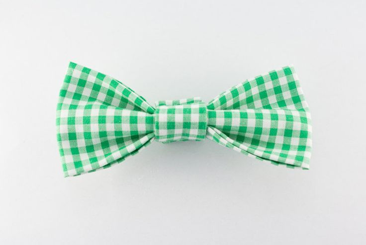 Tinker Finca @ Etsy, Green Gingham Magnetic Bowtie ($35.00)