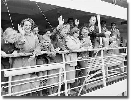 Australia Immigration History | Immigration Museum Melbourne, Australia-Immigrant arriving