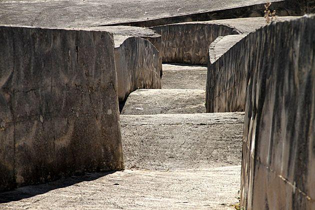 alberto burri - il grande cretto di gibellina, 1984-89, detail.
