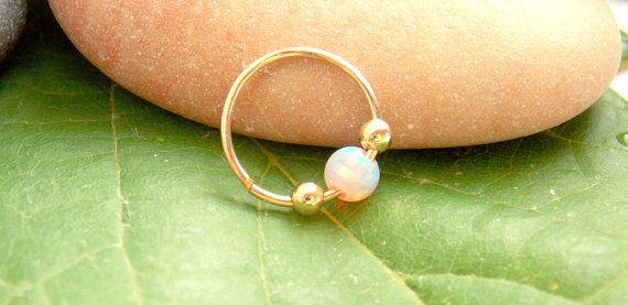 Kleine Opal Gold gefüllt Nasenring 22 Gauge von sofisjewelryshop