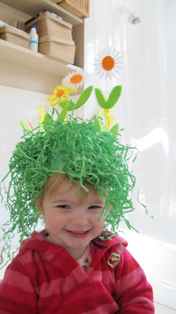 Adorable Easter flower crown. Instructions for with and without the Easter Basket grass. So cute and easy!