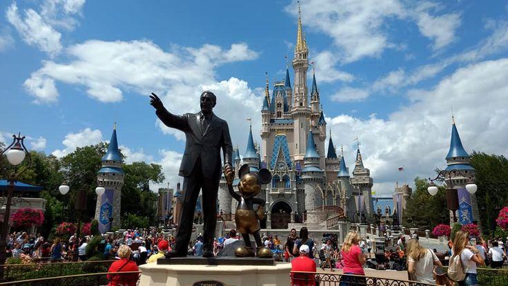 13 Tips para que disfrutes de los parques de Disney via GIPHY  Si tienes pensado ir a los parques de Disney, este post puede ser de gran ayuda, no te pierdas ninguno de los 14 tips de los parques de Disney para que saques más provecho a tu estancia. 1.- Comienzo por contarte que …