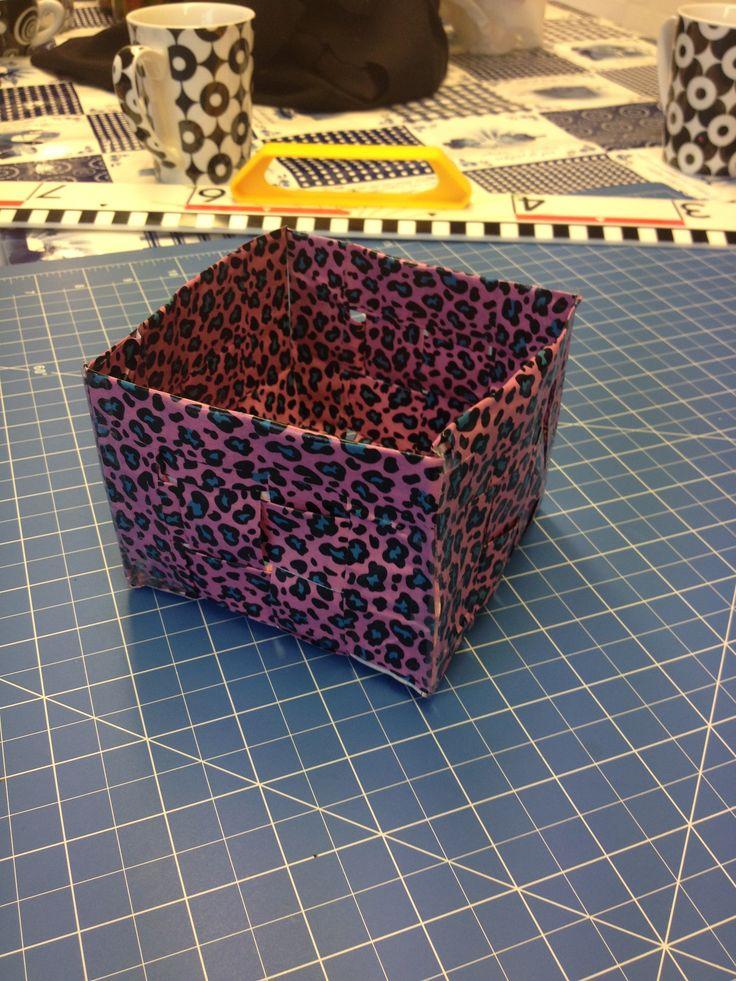 #Workshop mandjes maken van #duct tape! Het resultaat. Wil je het bij ons in het atelier komen maken, dat kan! Meer info via info@stiksels.com