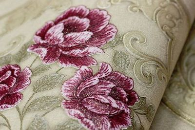 Fie ca alegi un model de tapet living lavabil din vinil cu accente moderne, fie ca alegi un tapet clasic cu modele florale, prietenii tai cu siguranta te vor privi cu invidie pentru alegerea facuta.