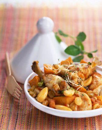 Tajine de poulet aux raisins et patates douces : la recette facile