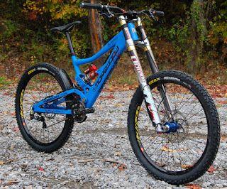 Bikes Insanas: Bikes Downhill