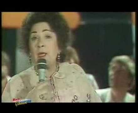 De zangeres zonder naam - Denk toch heel goed na - YouTube