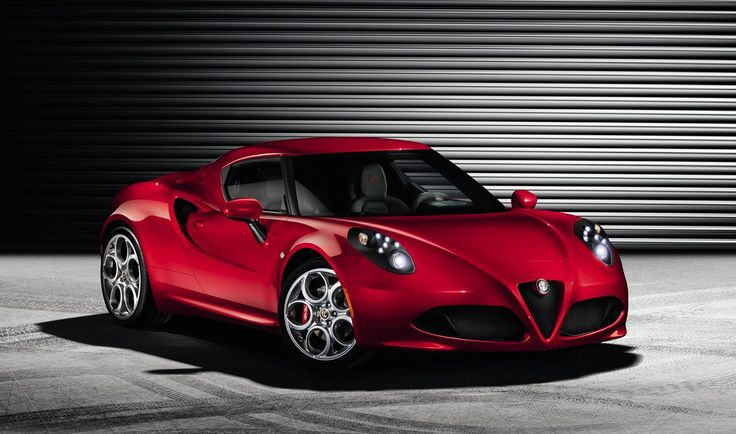 The Alfa Romeo 4C Spider is one of the oddest and most memorable cars we've ever driven (FCAU)