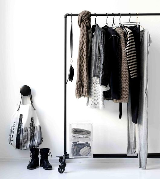 love the clothes rack...