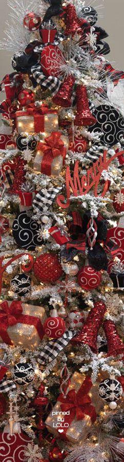 Red/Black/White Christmas Tree | LOLO❤︎