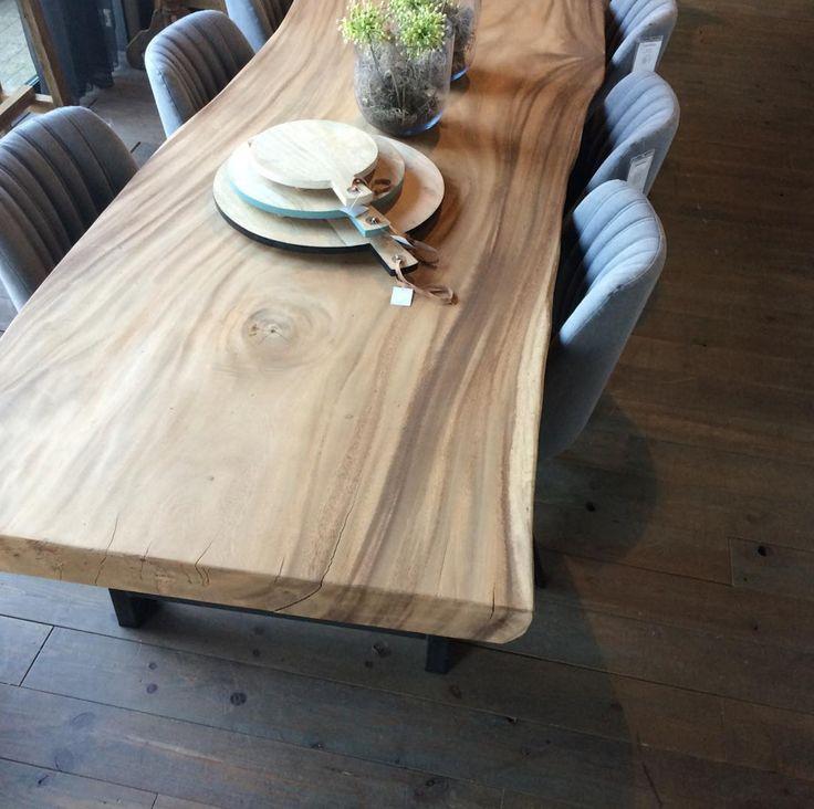 Pure wood - Wij zijn verliefd! Deze boomstam tafel vind je in onze winkel.