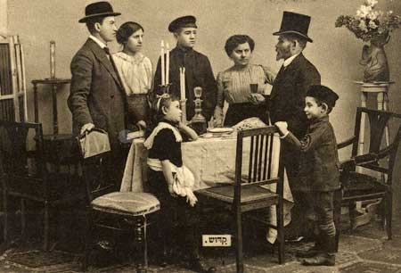 Postcard Tableau Of A Well To Do Family Gathered Around A
