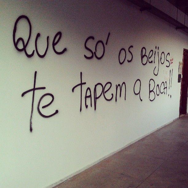 Faculdade de Letras UFMG - Belo Horizonte.