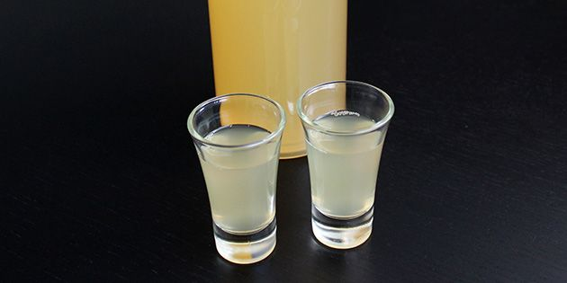 Lækre ingefærshots med citron og honning, der frisker enhver morgen op.