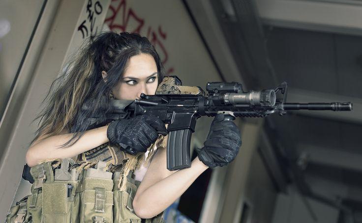 Jaylee Robin - girls and guns backround 1080p high quality - 5469x3384 px