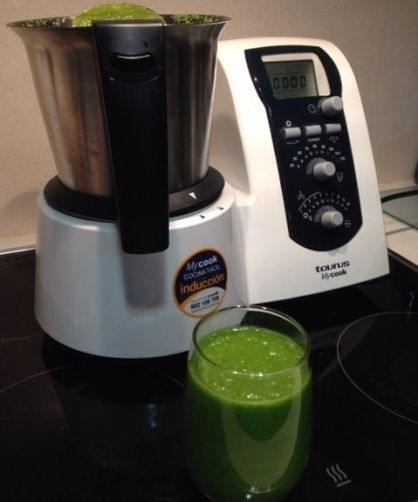 Batido verde detox ( Green smothies ) para #Mycook http://www.mycook.es/receta/batido-verde-detox/