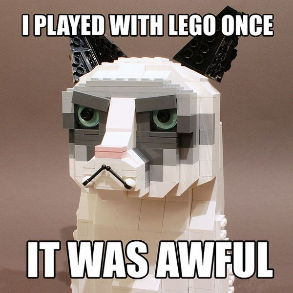 LEGO builder Iain Heath aka Ochre Jelly created avery flattering Tard the Grumpy Cat out of LEGO bricks, It looks like Tard lost some weight. LEGO CAT: Tard сварливый Cat