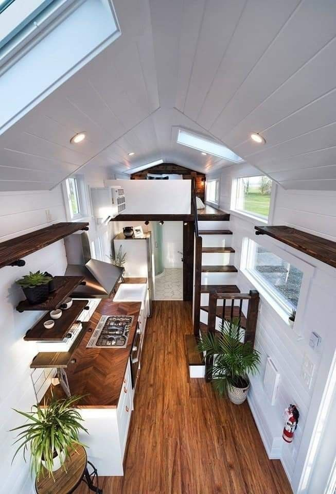 40 Impressive Tiny House Design Ideas That Maximize Function And Style Homedecorating Tinyhouse Tiny House Decor Tiny House Design Tiny House Interior Design