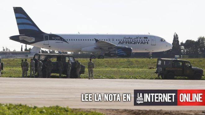 Las autoridades libias confirmaron este viernes que un avión de la aerolínea estatal Afriqiyah Airway fue secuestrado y desviado hacia la isla de Malta.   #acuerdo #agencia #ahora #algunos #avión #causa #ciudad #como #cubría #cuenta #darrin #dentro #destino #dijo #están #este #estos #granada #hacer #hacia #hasta #hora #interna #isla #joseph #libia #libio #logrado #lupi #malta