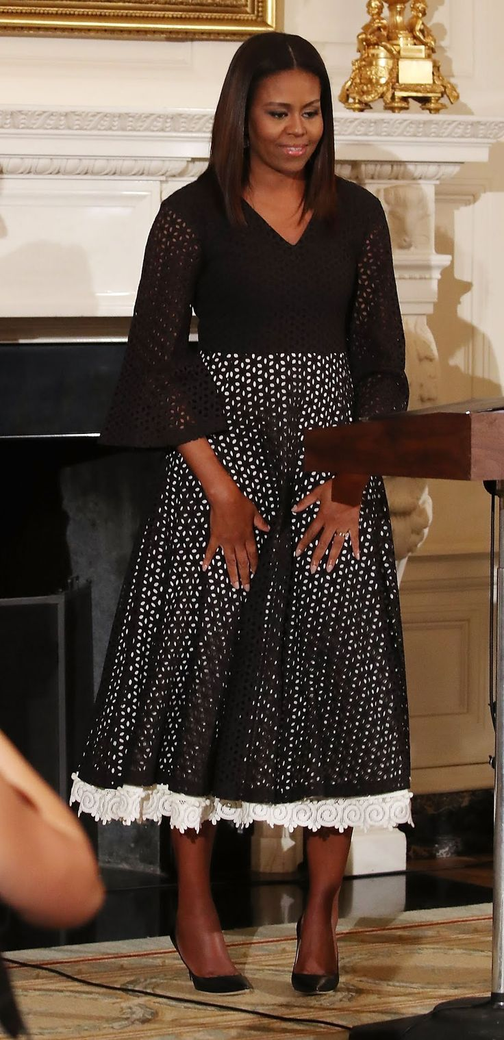 Best 25 Michelle Obama Fashion Ideas On Pinterest Michelle Obama Michelle Obama Pictures And