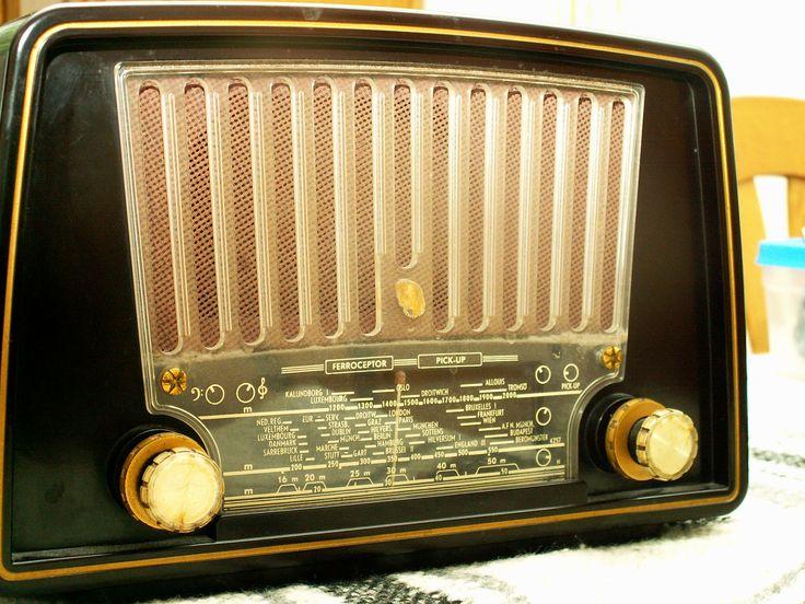 Philips radio bx u bouwjaar nostalgie