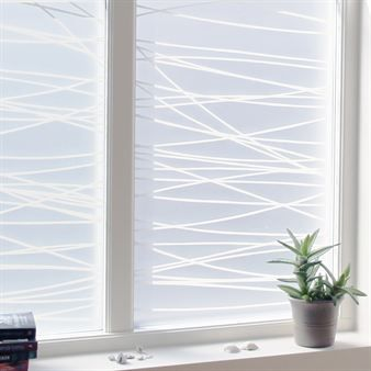 The stylish window screen film Linjer, designed by Maria Liv, is both decorative and has a protective purposes. The window screen is easy to mount and remove and it is suitable both for your home and office. Available in two sizes!