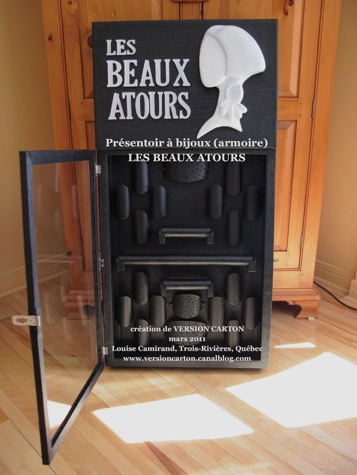 les beaux atours armoire pr sentoir bijoux en. Black Bedroom Furniture Sets. Home Design Ideas