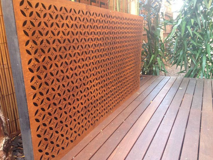 Metal laser cut rust arabic feature wall panel privacy for Garden feature screens