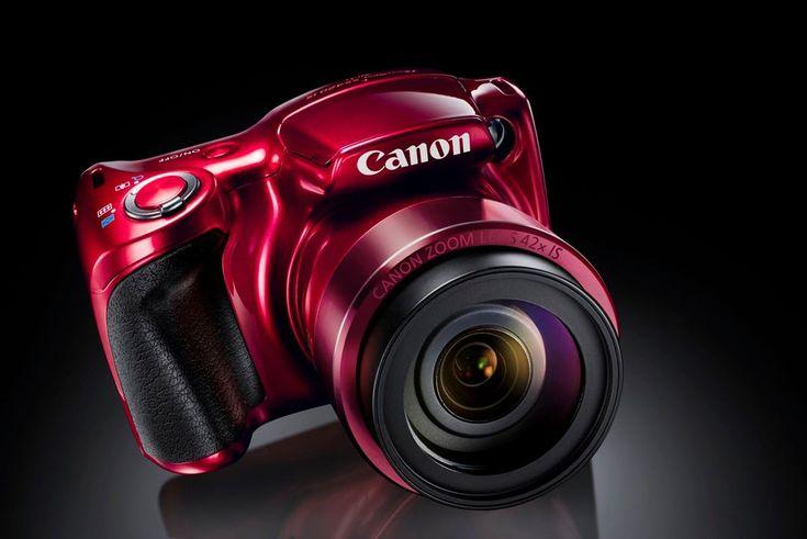 Canon adaugă astăzi două noicamere foto bridgegamei sale PowerShot – modelelePowerShot SX540 HSșiPowerShot SX420 IS.