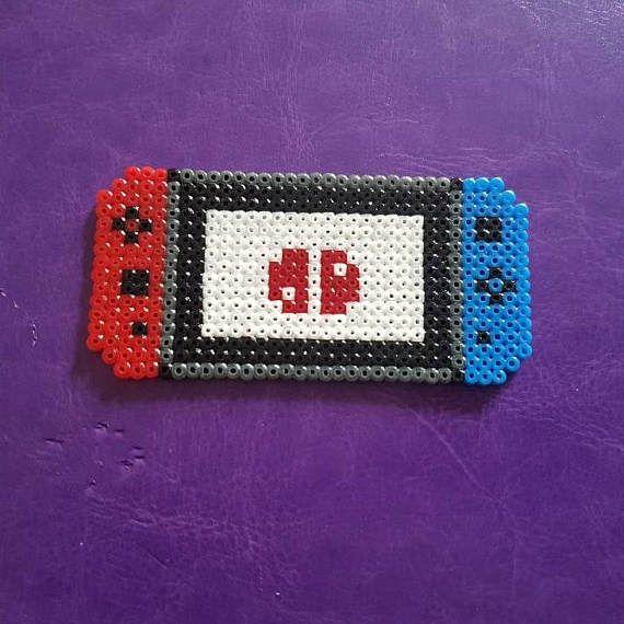 Mini Nintendo Switch perler